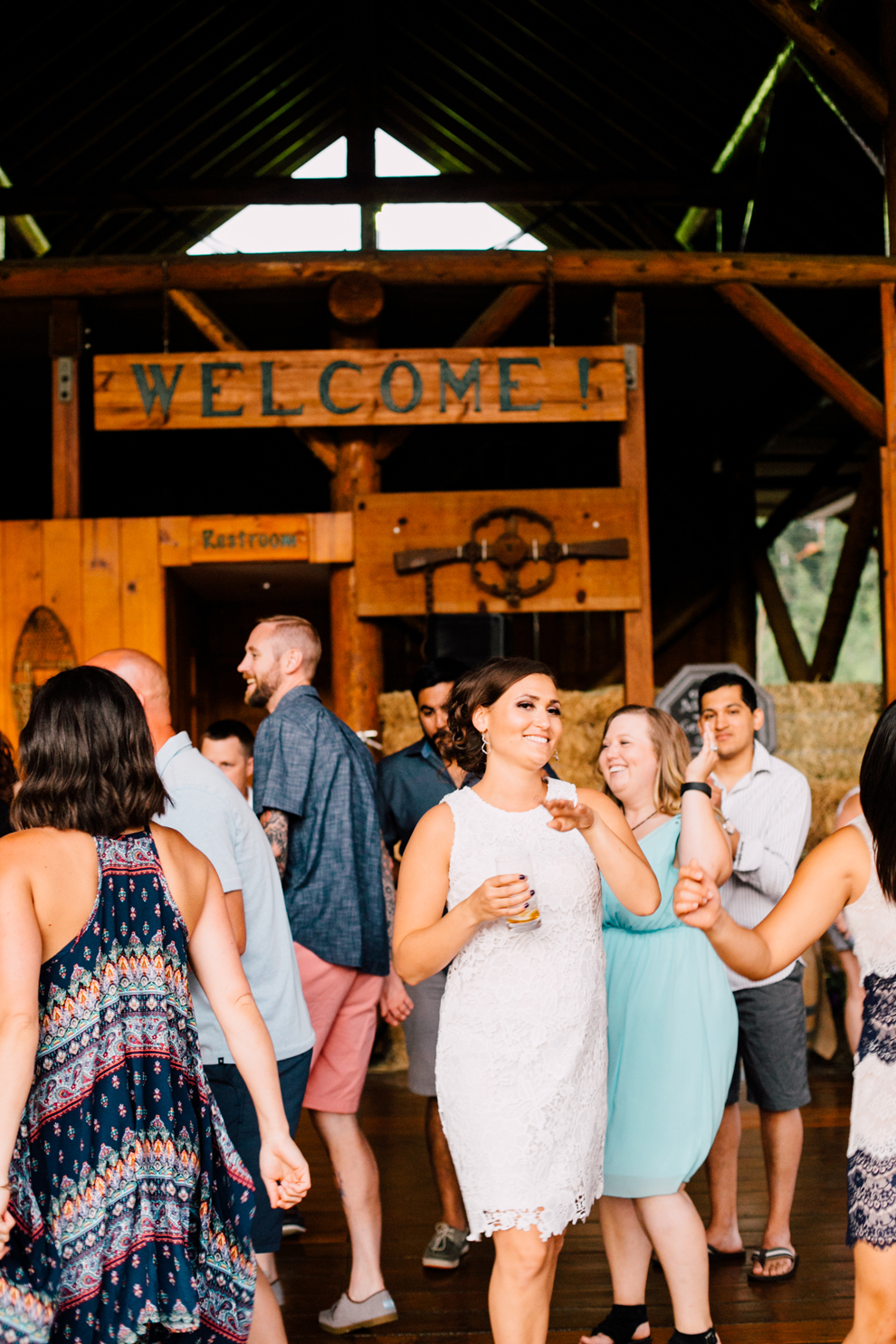 119-leavenworth-mountain-springs-lodge-wedding-karena-saul-katheryn-moran-photography.jpg