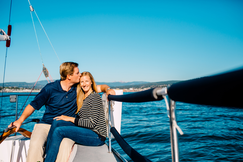 028-bellingham-bay-washington-sailboat-engagement-katheryn-moran-mickeykatie.jpg