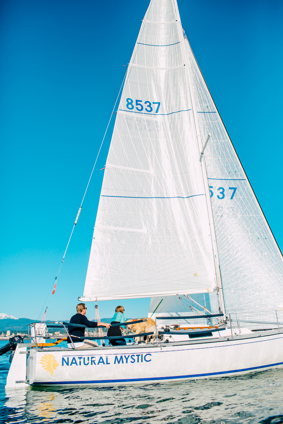 038-bellingham-bay-washington-sailboat-engagement-katheryn-moran-mickeykatie.jpg