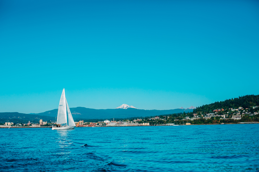 042-bellingham-bay-washington-sailboat-engagement-katheryn-moran-mickeykatie.jpg