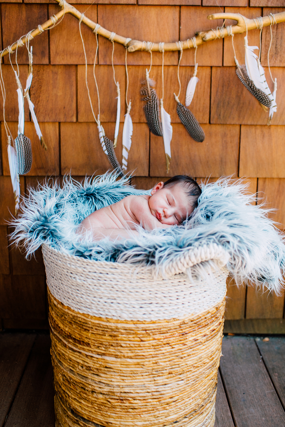 017-bellingham-washington-lifestyle-newborn-photographer-baby-mia.jpg