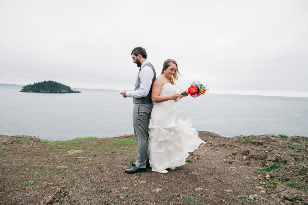 026-deception-pass-wedding-washington-first-look-katheryn-moran-photography.jpg