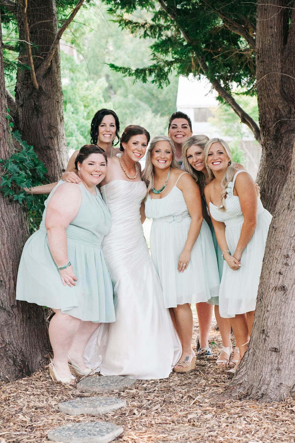 025-bellingham-bride-bridesmaids-first-look-katheryn-moran-photography.jpg