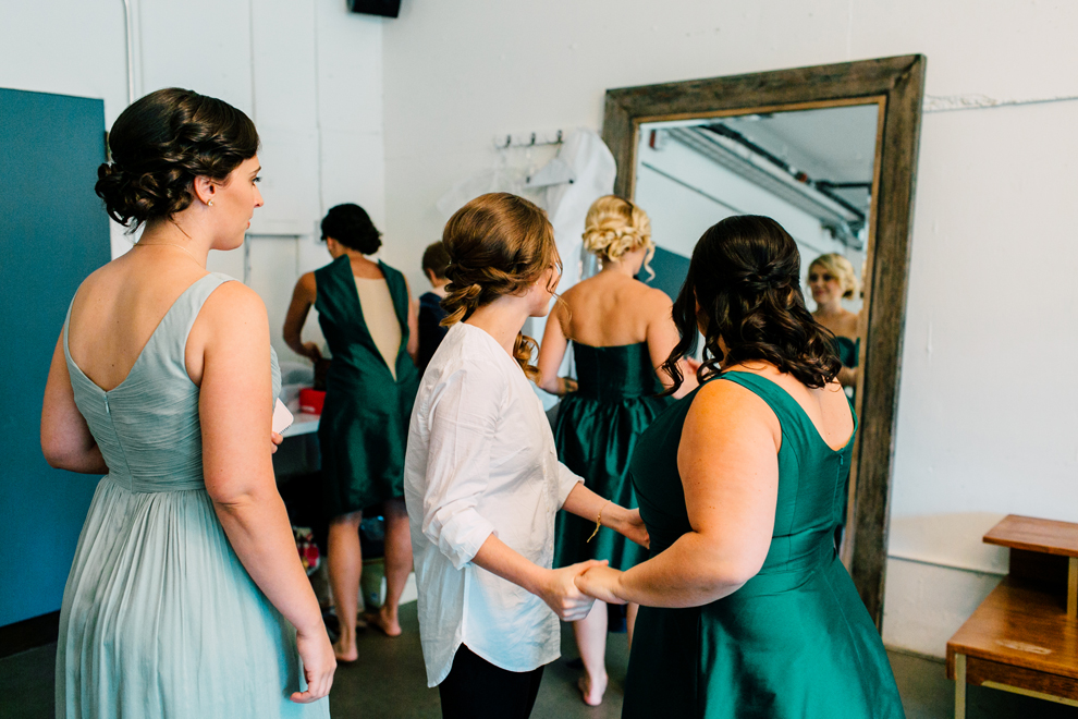 008-fremont-foundry-seattle-wedding-katheryn-moran-photography-anthony-kaitlin.jpg