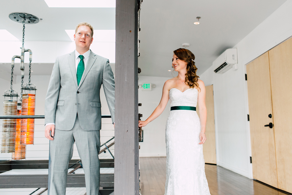 021-fremont-foundry-seattle-wedding-katheryn-moran-photography-anthony-kaitlin.jpg