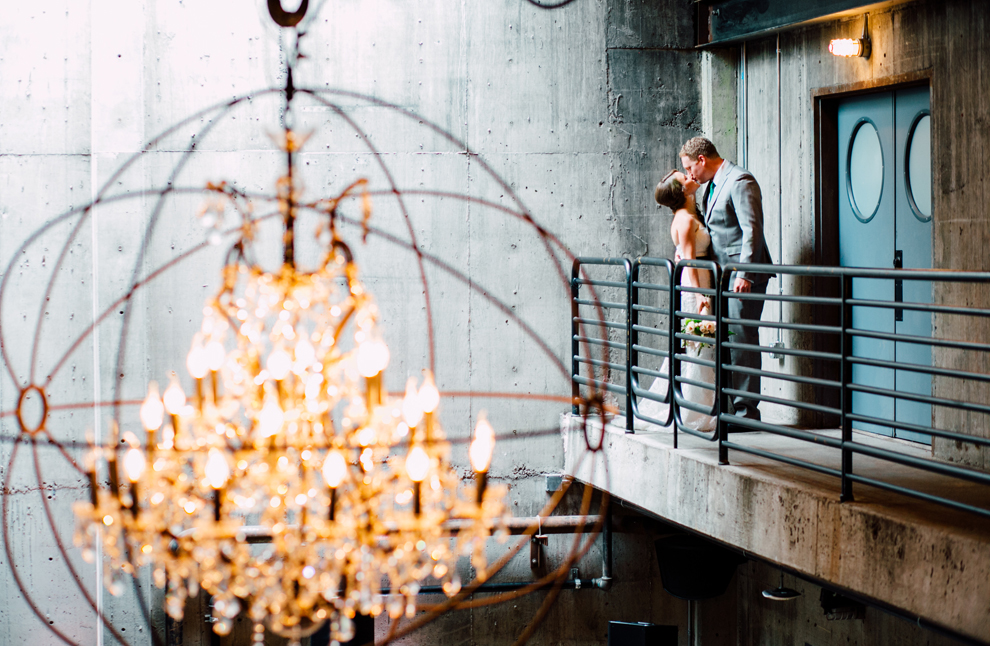 031-fremont-foundry-seattle-wedding-katheryn-moran-photography-anthony-kaitlin.jpg