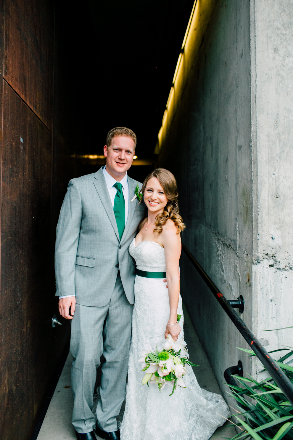 033-fremont-foundry-seattle-wedding-katheryn-moran-photography-anthony-kaitlin.jpg