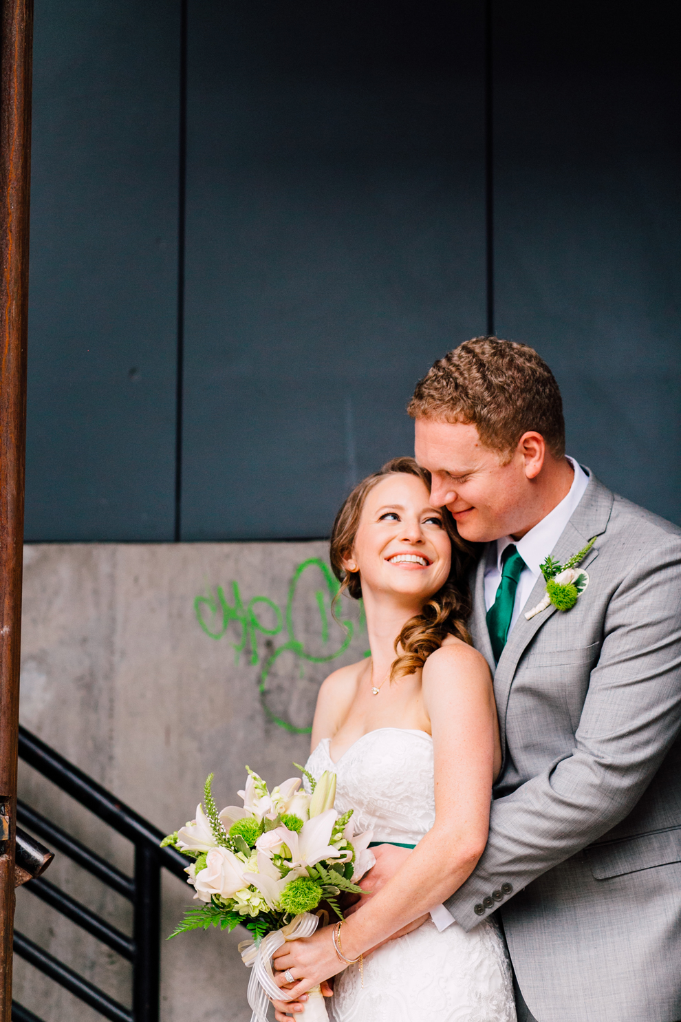 036-fremont-foundry-seattle-wedding-katheryn-moran-photography-anthony-kaitlin.jpg