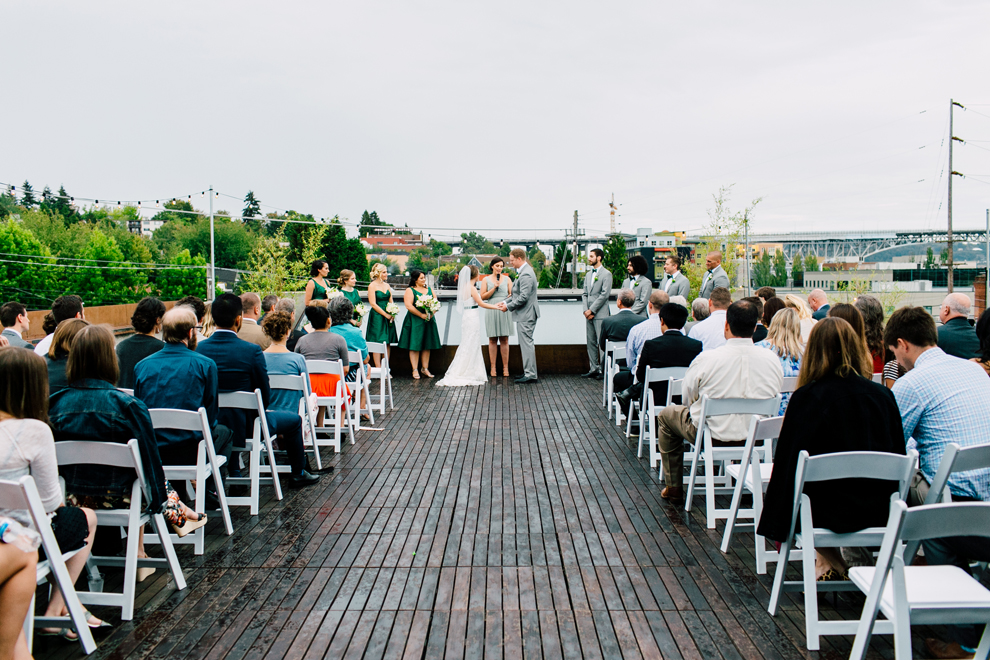 053-fremont-foundry-seattle-wedding-katheryn-moran-photography-anthony-kaitlin.jpg