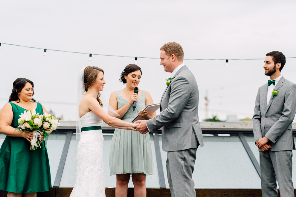 056-fremont-foundry-seattle-wedding-katheryn-moran-photography-anthony-kaitlin.jpg