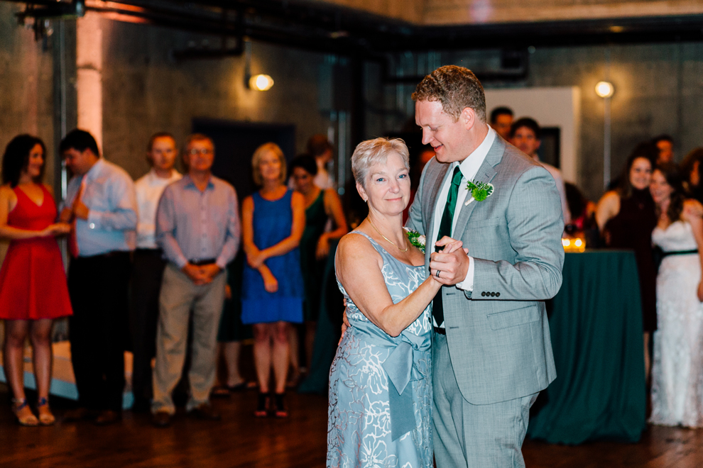 082-fremont-foundry-seattle-wedding-katheryn-moran-photography-anthony-kaitlin.jpg