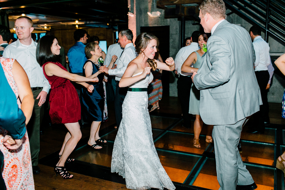 085-fremont-foundry-seattle-wedding-katheryn-moran-photography-anthony-kaitlin.jpg
