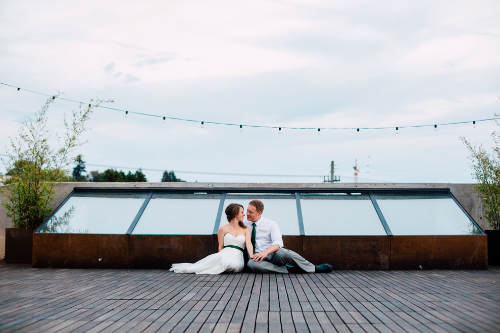 088-fremont-foundry-seattle-wedding-katheryn-moran-photography-anthony-kaitlin.jpg