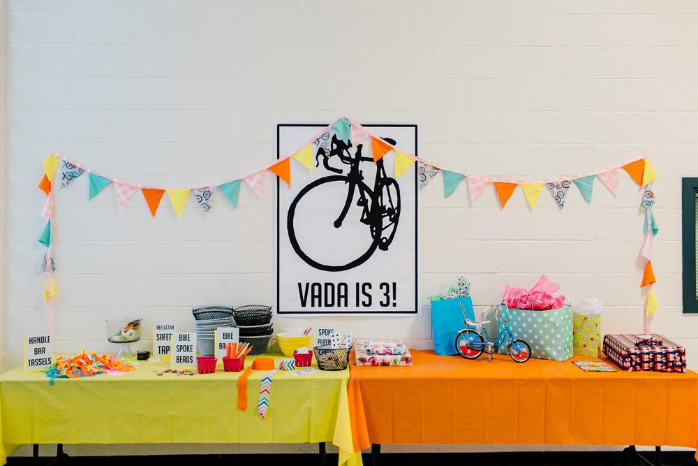 001-bellingham-kids-birthday-bloedel-donovan-park-katheryn-moran-photography-vada-pedal-party-three.jpg