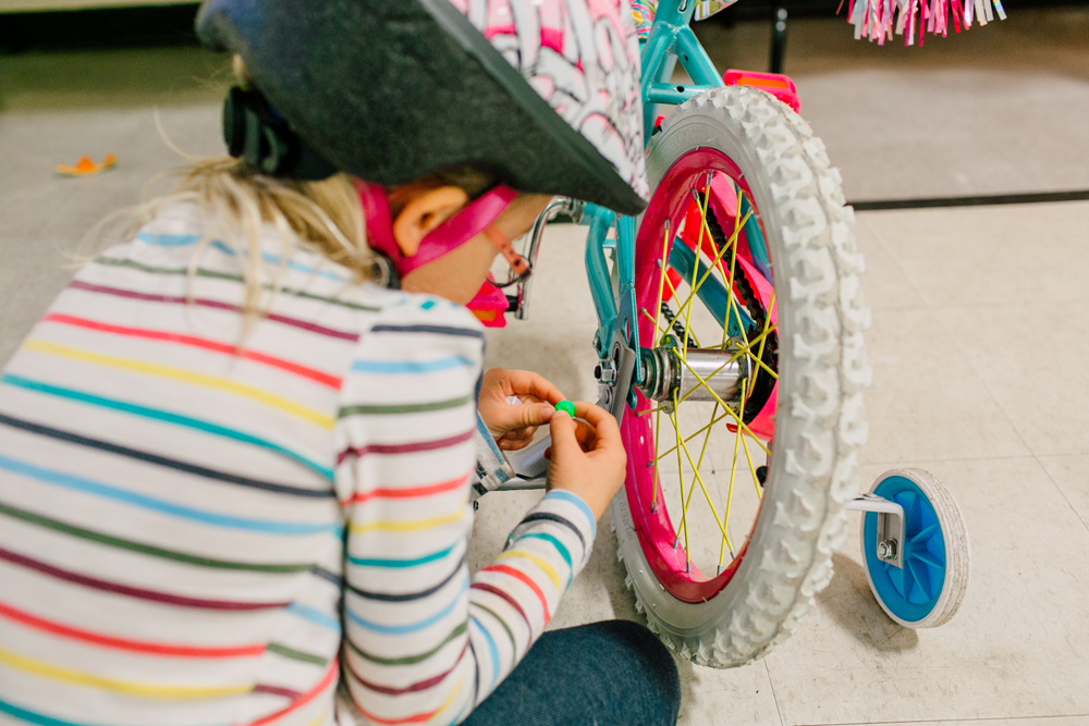030-bellingham-kids-birthday-bloedel-donovan-park-katheryn-moran-photography-vada-pedal-party-three.jpg