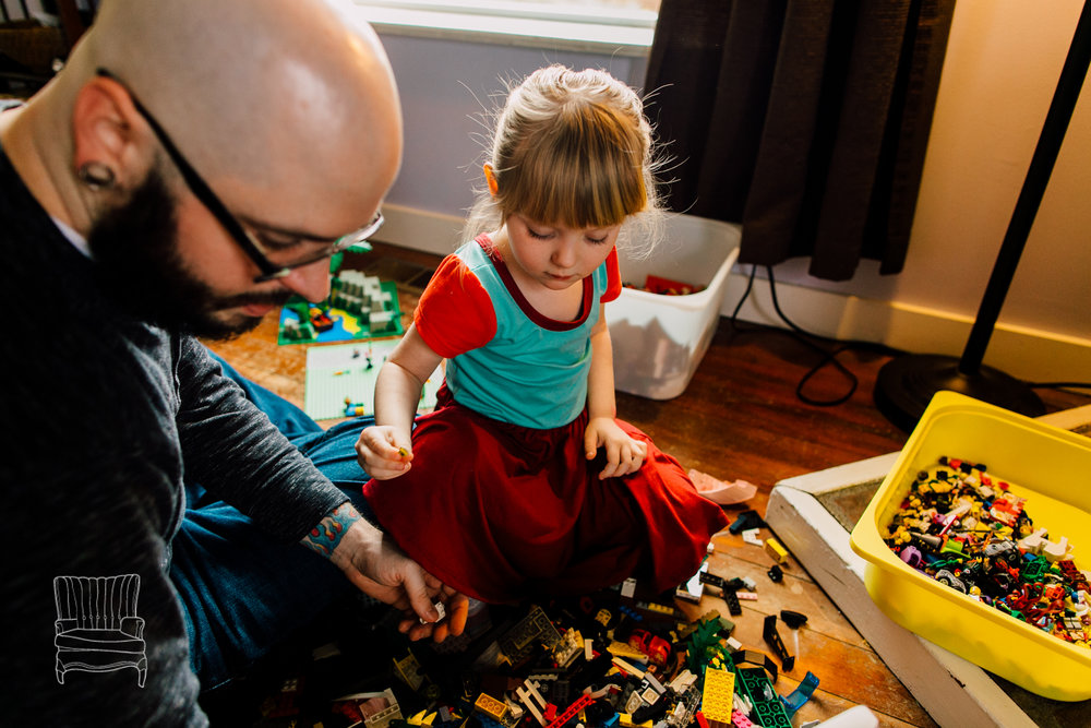 bellingham-lifestyle-photographer-katheryn-moran-father-daughter-lego-34.jpg