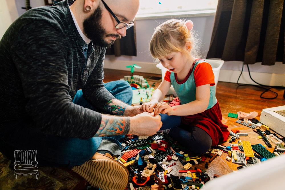 bellingham-lifestyle-photographer-katheryn-moran-father-daughter-lego-54.jpg