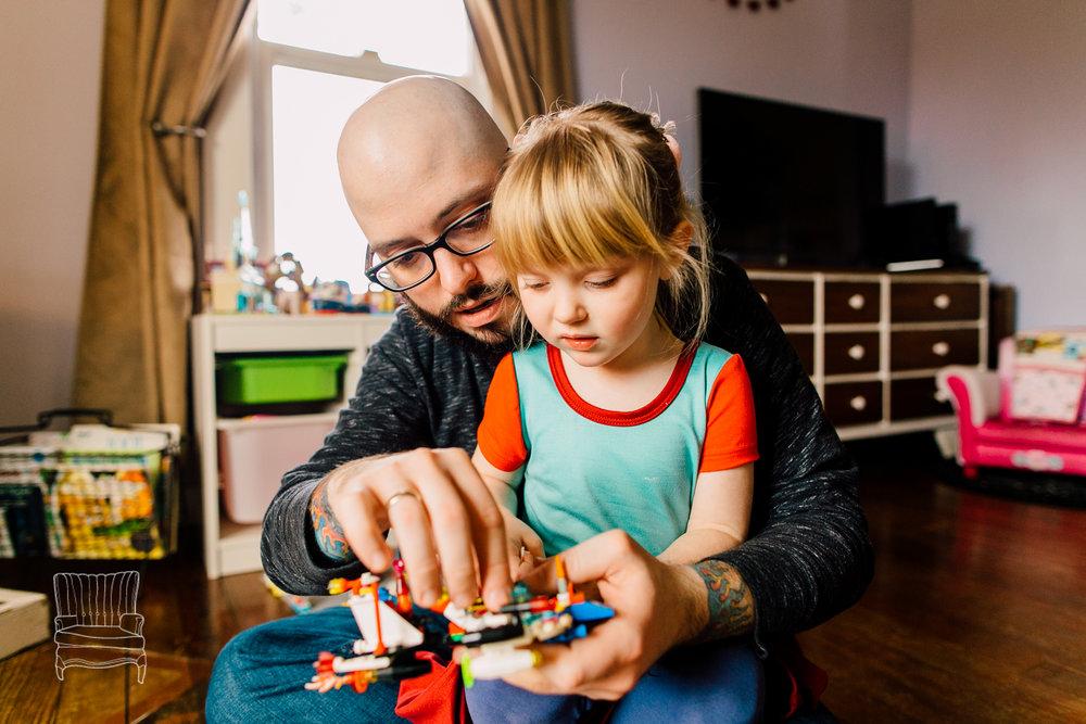 bellingham-lifestyle-photographer-katheryn-moran-father-daughter-lego-78.jpg