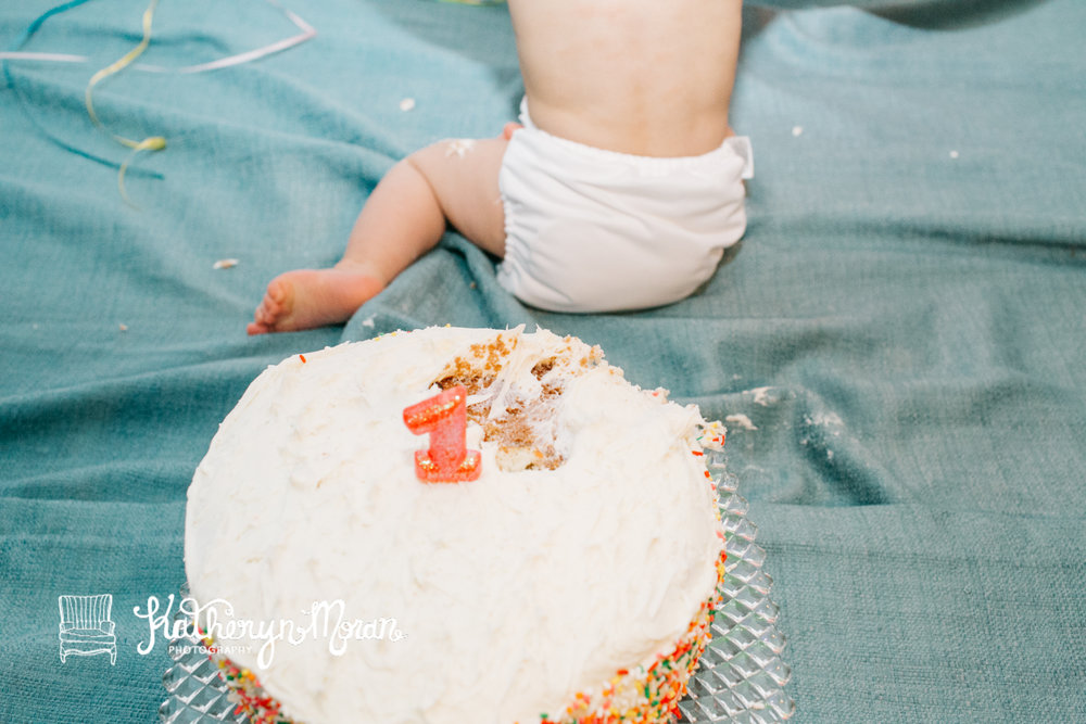 Elliot Birthday Cake Smash-22.jpg