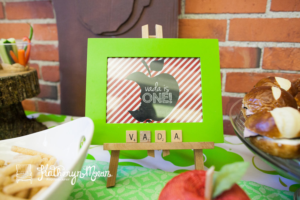 Vada Apple of My Eye Party-2.jpg