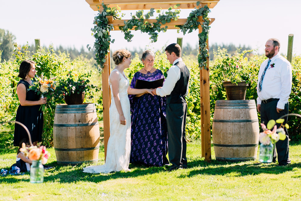 058-bellingham-wedding-photographer-samson-winery-katheryn-moran.jpg