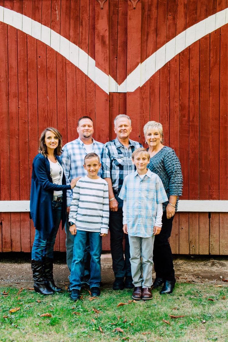 Poortinga Family, Berthusen Park, Lynden WA — Katheryn Moran ...