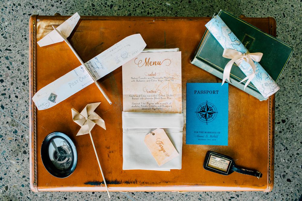001-burlington-flight-museum-wedding-katheryn-moran-photography-aviation.jpg