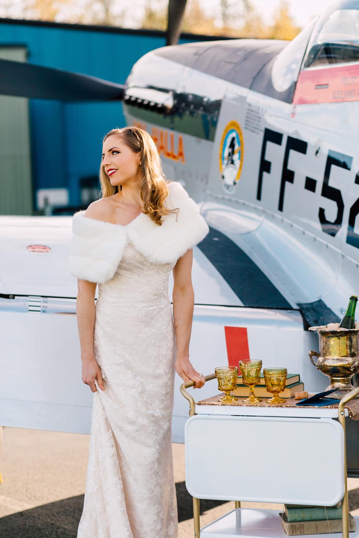 005-burlington-flight-museum-wedding-katheryn-moran-photography-aviation.jpg