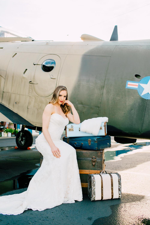 008-burlington-flight-museum-wedding-katheryn-moran-photography-aviation.jpg