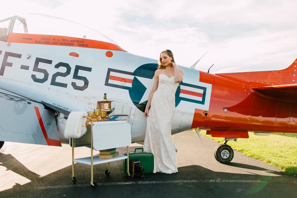 007-burlington-flight-museum-wedding-katheryn-moran-photography-aviation.jpg