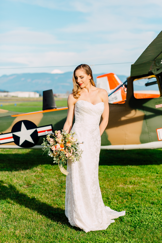 011-burlington-flight-museum-wedding-katheryn-moran-photography-aviation.jpg