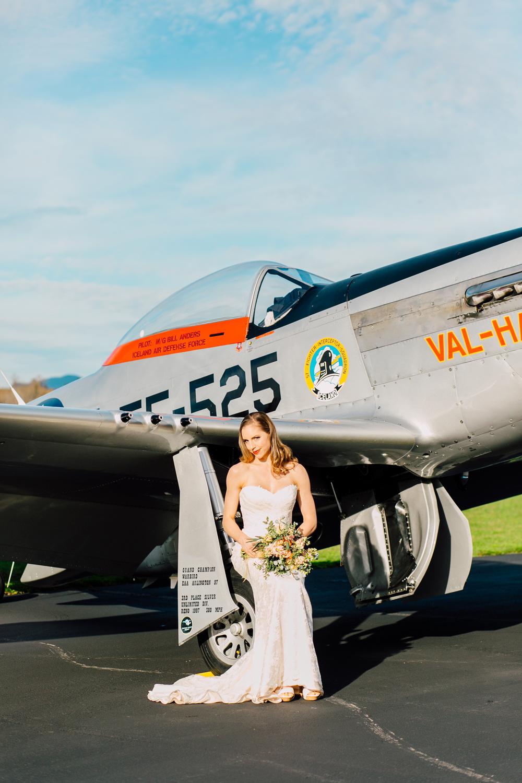 012-burlington-flight-museum-wedding-katheryn-moran-photography-aviation.jpg