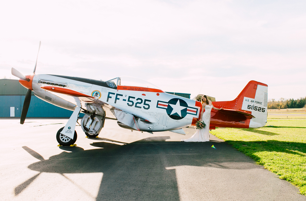 013-burlington-flight-museum-wedding-katheryn-moran-photography-aviation.jpg