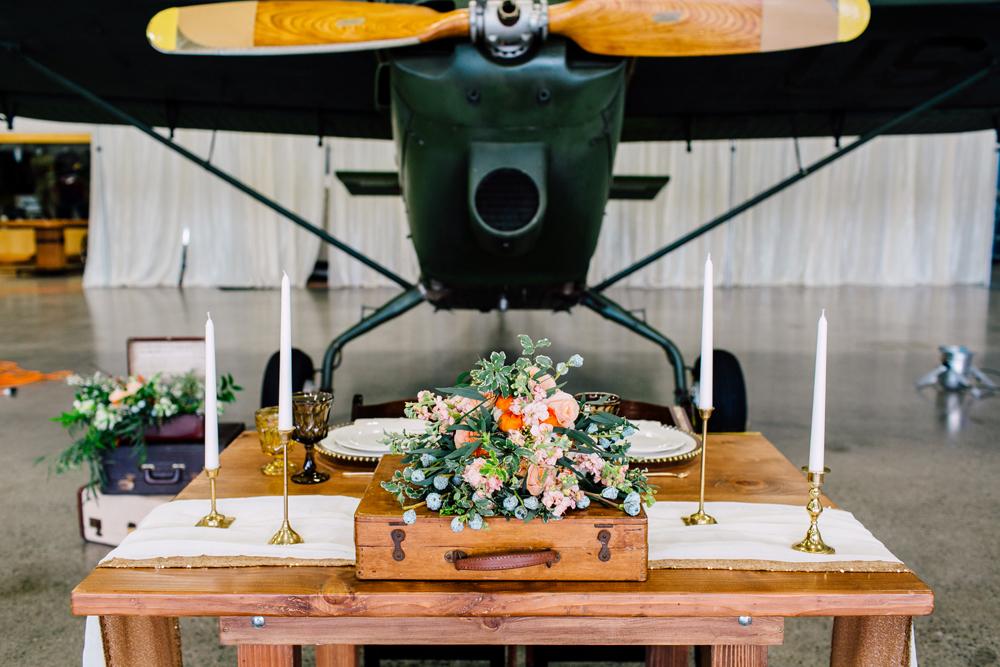 034-burlington-flight-museum-wedding-katheryn-moran-photography-aviation.jpg