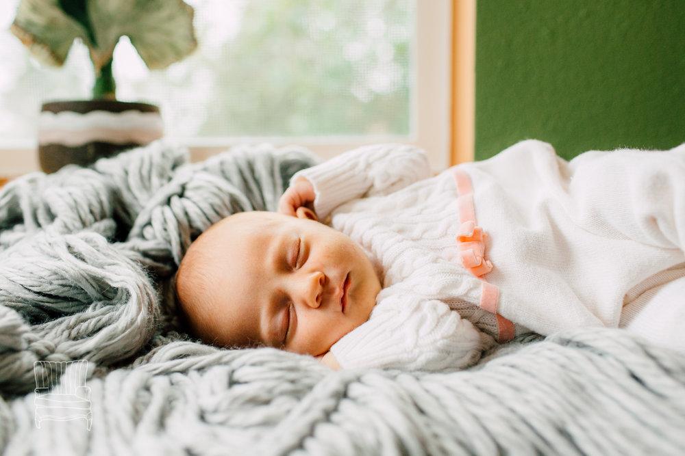 belligham-newborn-photographer-katheyrn-moran-hadley -3-2.jpg