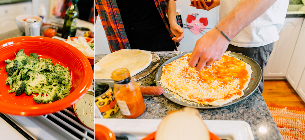 015-bellingham-lifestyle-photographer-katheryn-moran-pizza-baking-home-session-anna-rudy.jpg