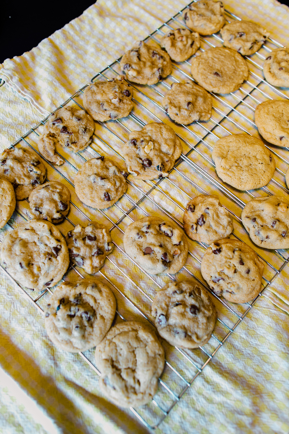 031-bellingham-lifestyle-photographer-katheryn-moran-chocolate-chip-cookie-baking.jpg