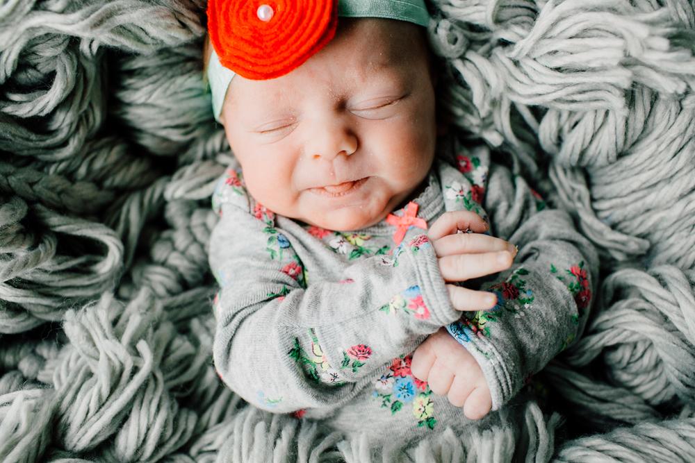 012-bellingham-newborn-photographer-katheryn-moran-lifestyle-cora.jpg