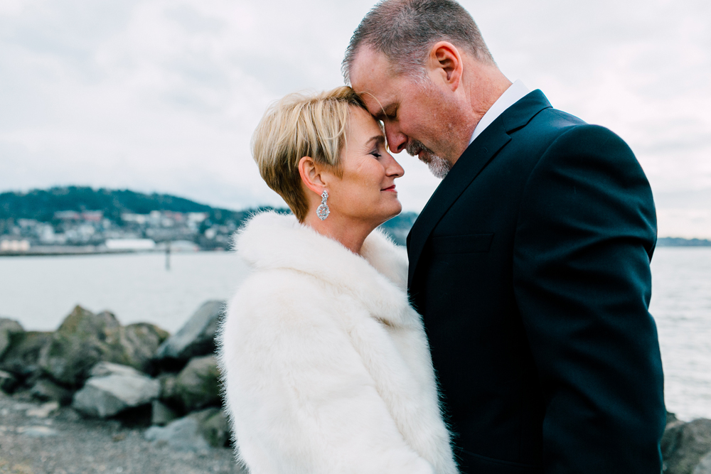 025-bellingham-wedding-photographer-bellwether-squalicum-boathouse-katheryn-moran-2017.jpg