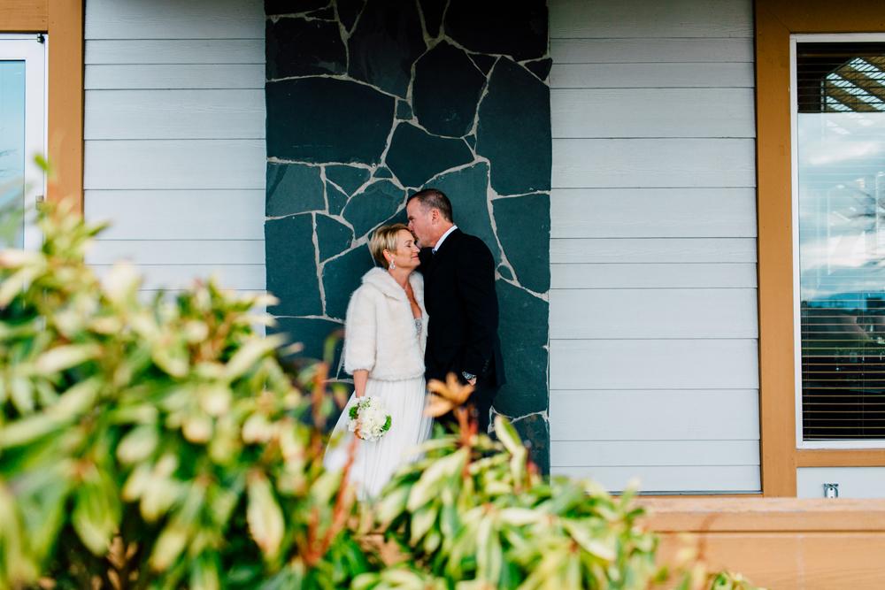 027-bellingham-wedding-photographer-bellwether-squalicum-boathouse-katheryn-moran-2017.jpg