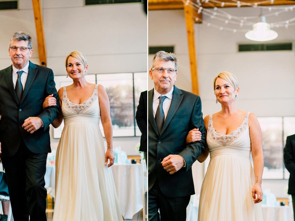 049-bellingham-wedding-photographer-bellwether-squalicum-boathouse-katheryn-moran-2017.jpg