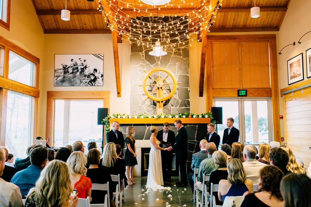052-bellingham-wedding-photographer-bellwether-squalicum-boathouse-katheryn-moran-2017.jpg
