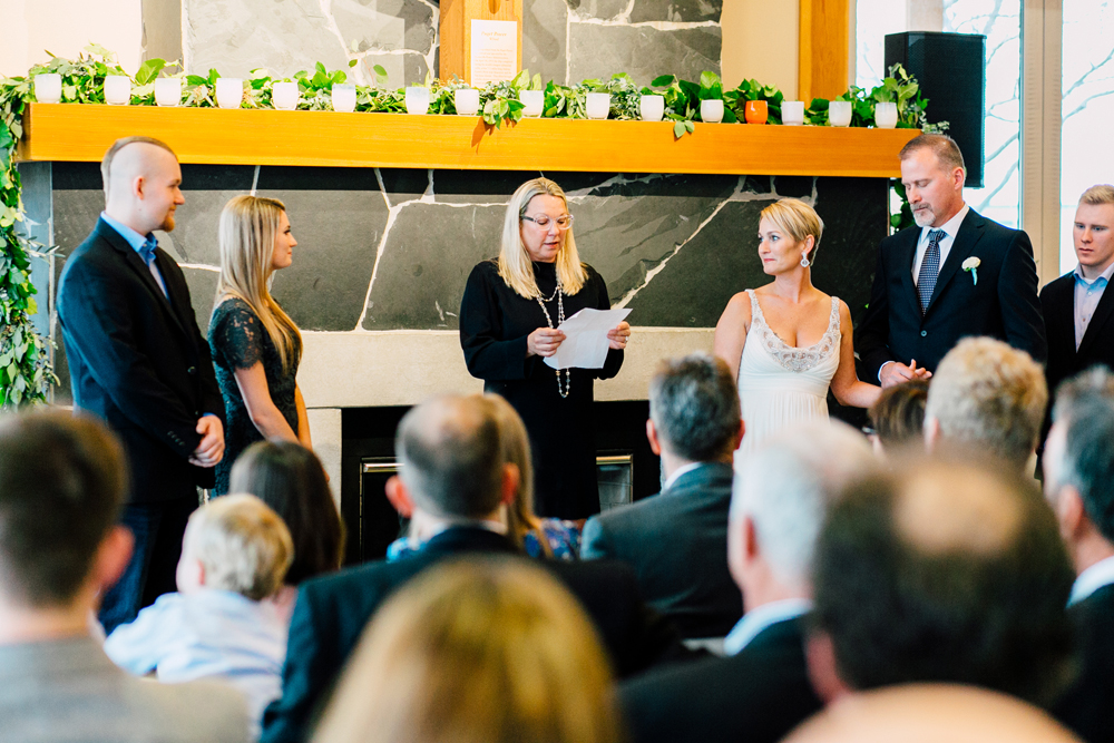 054-bellingham-wedding-photographer-bellwether-squalicum-boathouse-katheryn-moran-2017.jpg
