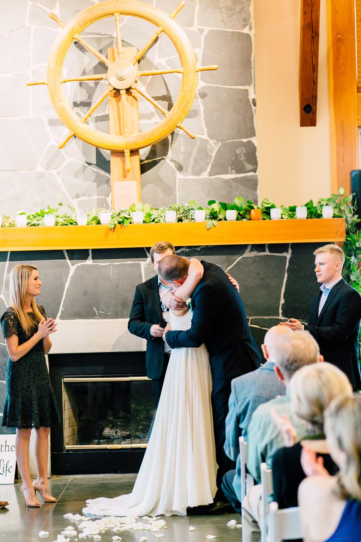 060-bellingham-wedding-photographer-bellwether-squalicum-boathouse-katheryn-moran-2017.jpg