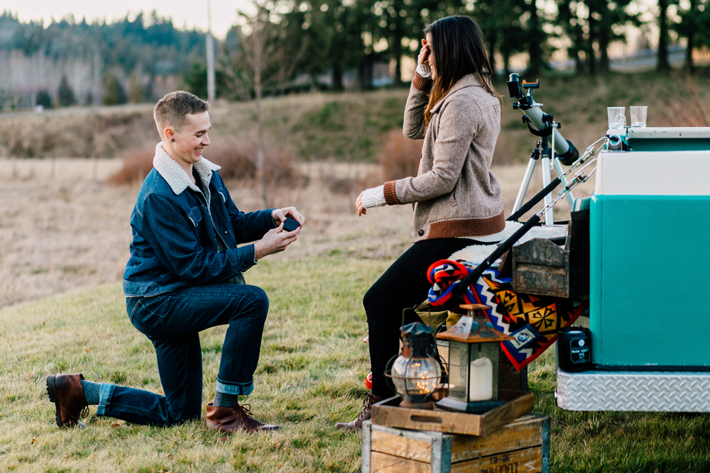 008-seattle-bellingham-engagement-photographer-katheryn-moran-star-gazing-styled.jpg