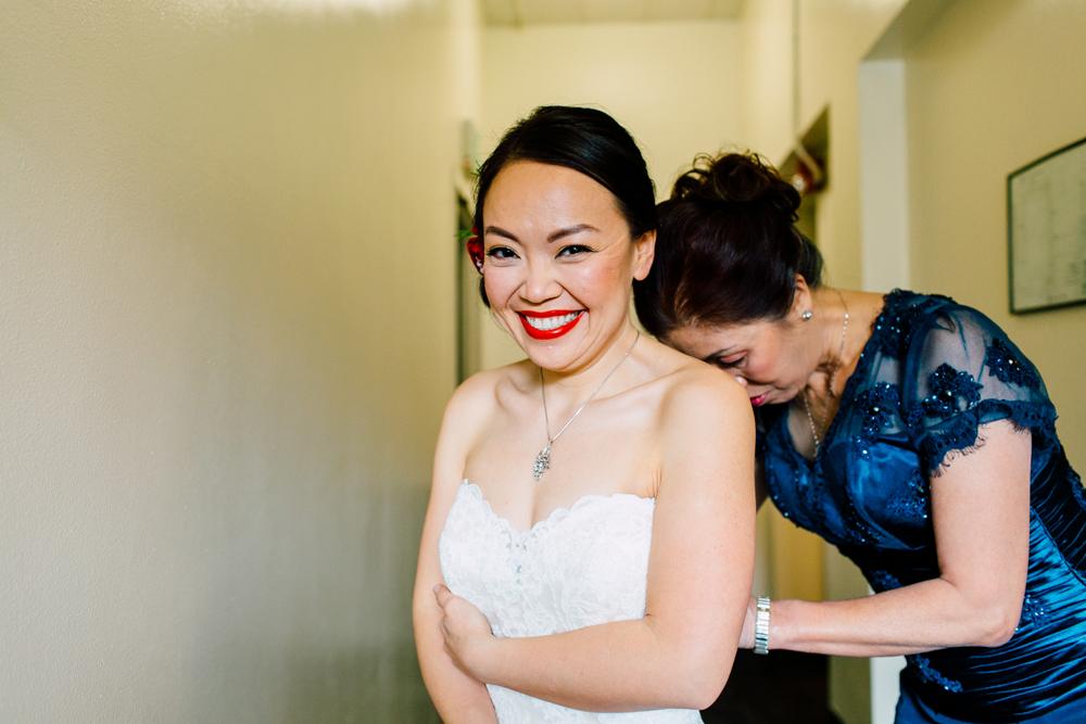 011-seattle-bastyr-palisades-wedding-photographer-katheryn-moran-yovi-thomas.jpg