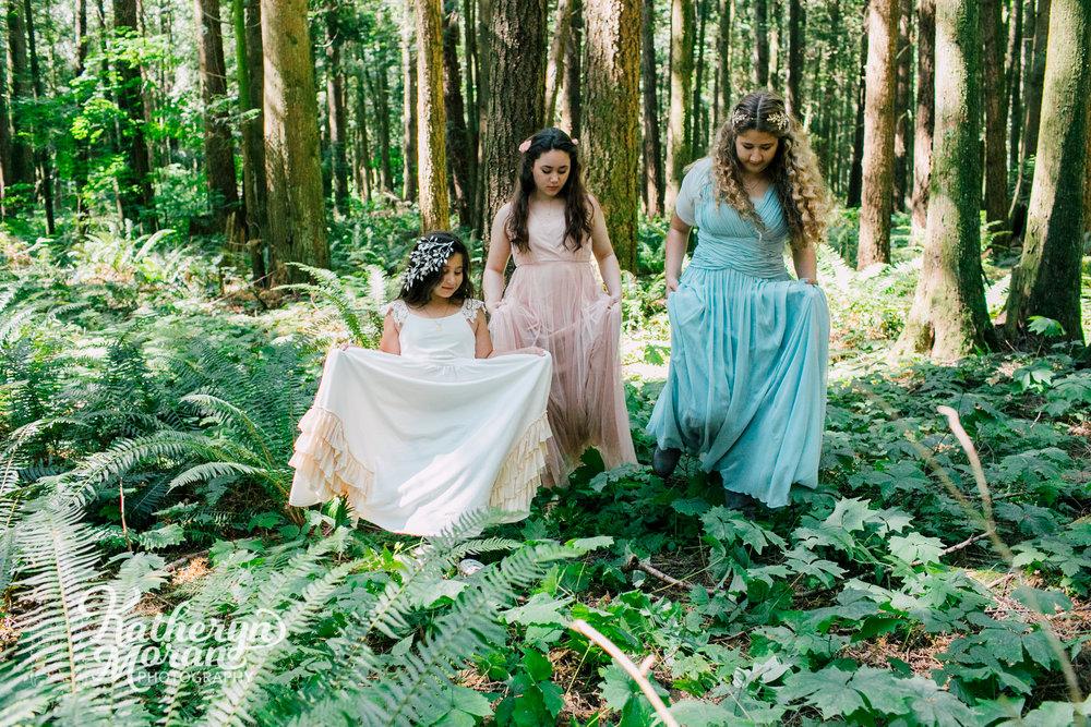 bellingham-lynden-family-photographer-berthusen-park-katheryn-moran-woodland-8.jpg