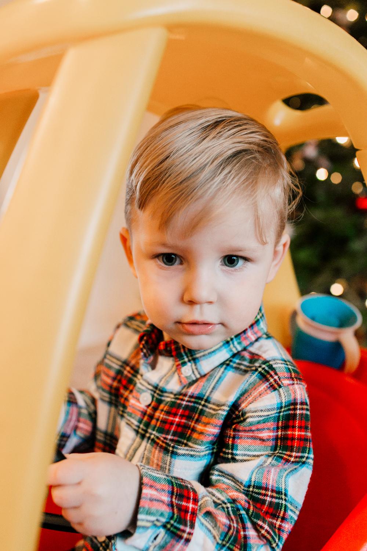 017-bellingham-lifestyle-family-photographer-katheryn-moran-wegner-christmas.jpg