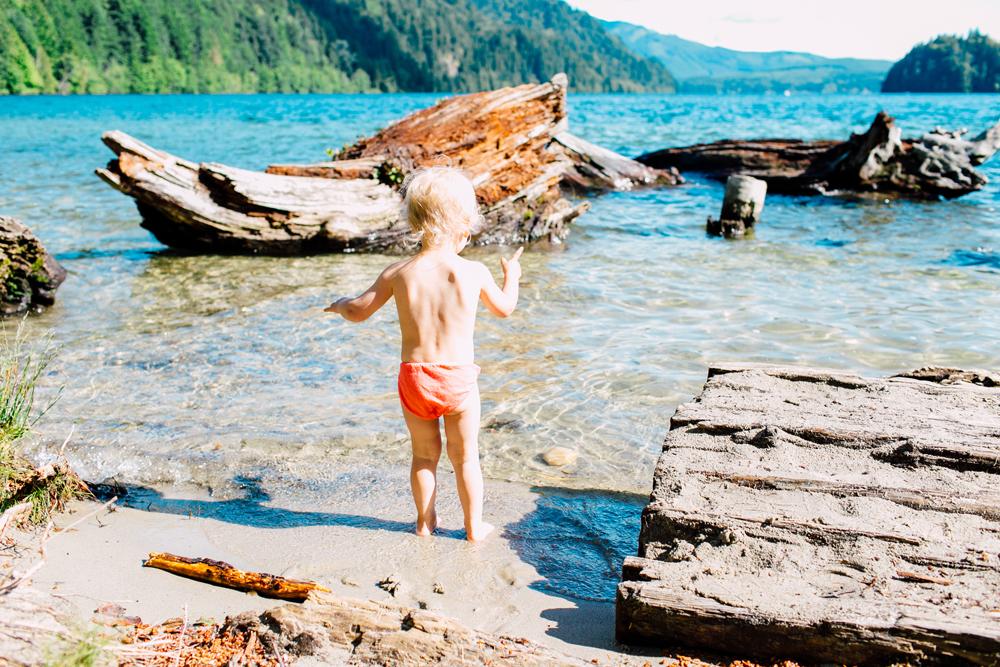 018-bellingham-family-photographer-north-lake-whatcom-trail-katheryn-moran-photography-2017.jpg