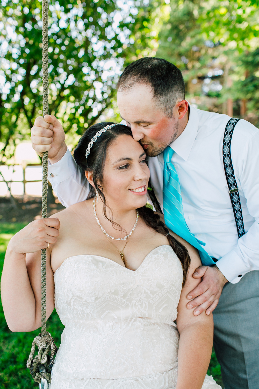 021-snohomish-wedding-photographer-katheryn-moran-woodland-meadow-farm-ali-kris-2017.jpg